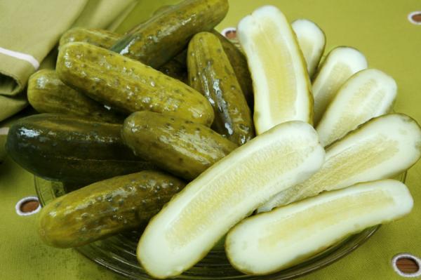 вкусные соленые огурцы