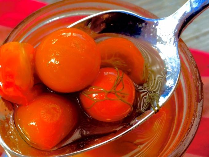 Особо вкусные соленые помидоры