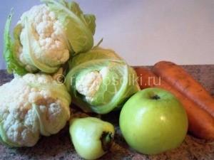 цветная капуста, яблоко, морковь