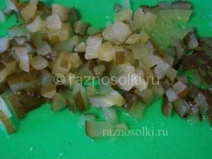 консервированные огурцы в салате