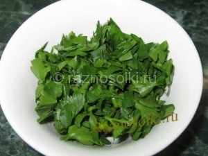 петрушка в салате
