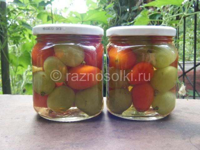 консервирование помидор с виноградом