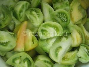 резанные зеленые помидоры