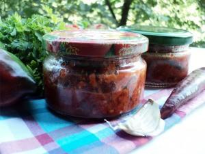 баклажаны в пикантном соусе