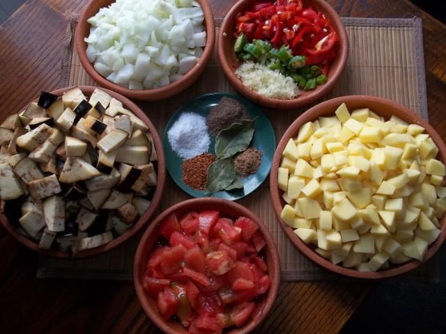 ингредиенты для аджапсандали