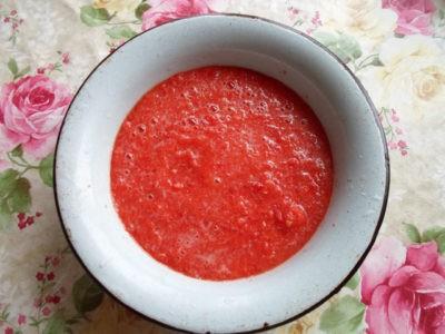 Красный соус из помидор и перца