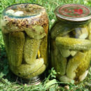 Огурцы с семенами горчицы