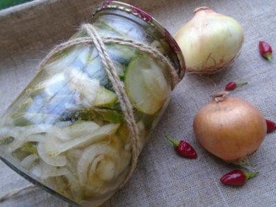 Салат из резанных огурцов на зиму