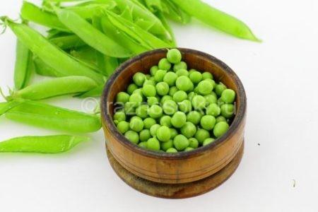 Зерна зеленого горошка