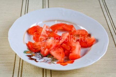 Нарезка томатов