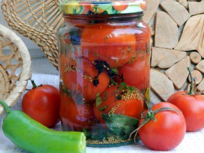 Консервированные помидоры с семенами горчицы