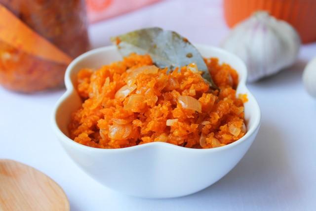 Морковная икра диетическая